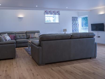 caxterway lounge