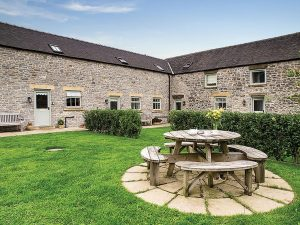 Endmoor Farm holiday cottages in the Peak District Pet friendly self catered self catering