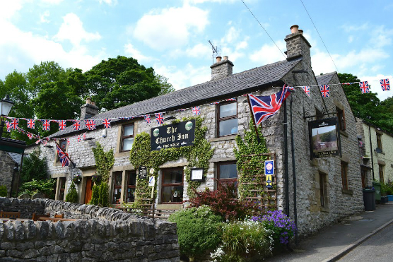 Best dog friendly pubs in the Peak District
