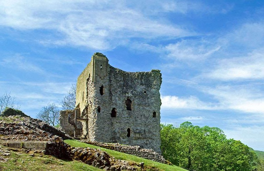 Peveril Castle summer holiday events and activities