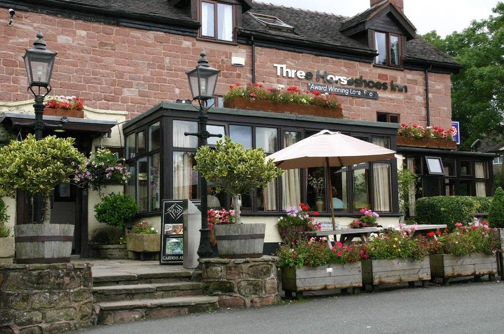 Dog friendly restaurants in the Peak District The Three Horseshoes Country Inn and Spa