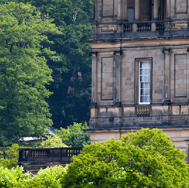 Attractions in peak district buxton